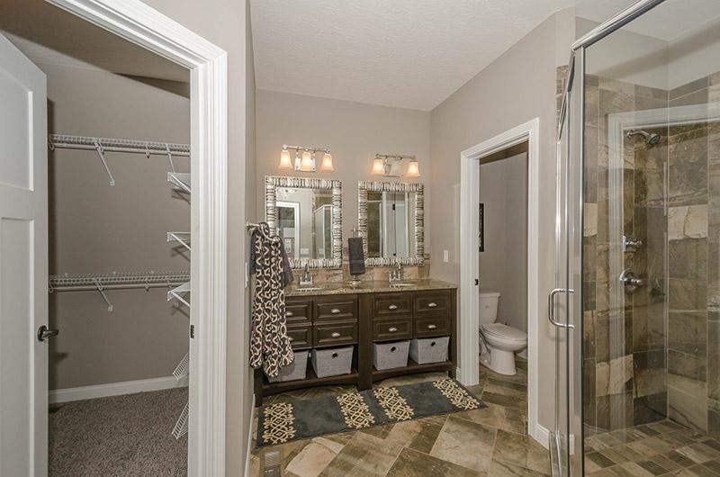 027_Master-Bathroom